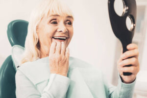 Keeping dentures in place is possible